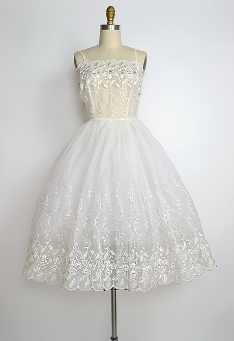 Vintage Wedding Dresses From The 1950 S : Line sweetheart white chiffon vintage s wedding dress wf