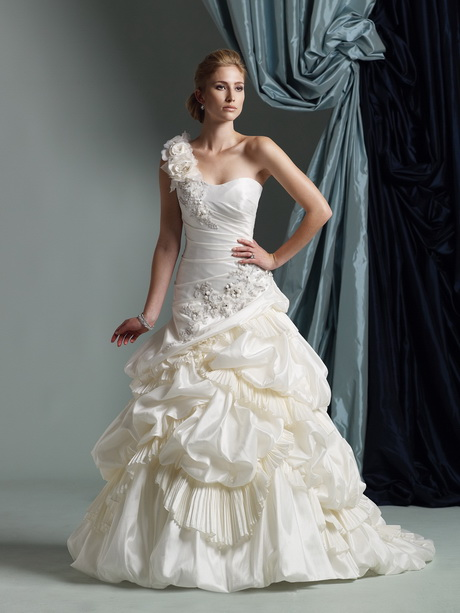Wedding Dresses For   Second Hand : Nd hand wedding dresses