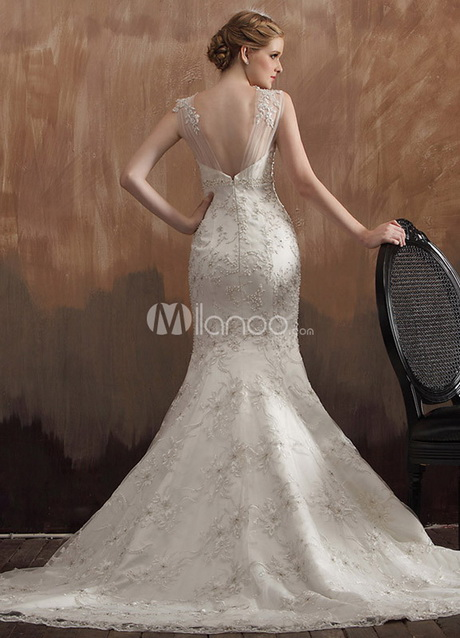 Affordable bridal gowns designers for Affordable wedding dress designers