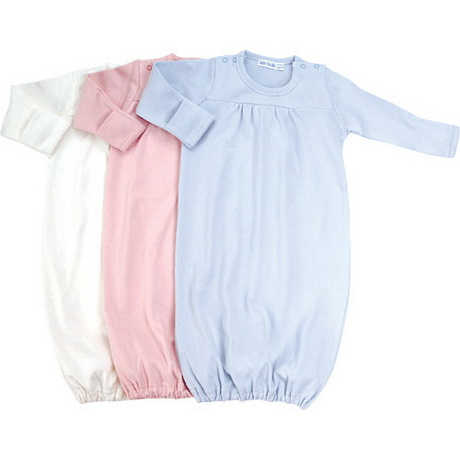 Check out our complete collection of newborn gowns in various colors and designs. Whether you prefer plain-colored white, pink, blue, or cream, there is a unique Posh Peanut newborn baby gown that you can choose from. Pick from our wide selection of floral print baby gowns if you are buying for your baby girl.