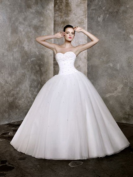 Big ball gown wedding dresses for Big tulle ball gown wedding dress