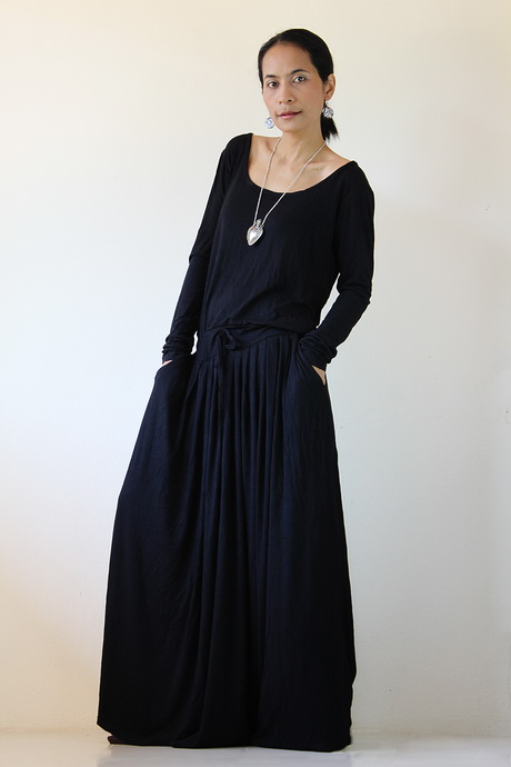 black maxi dresses with sleeves