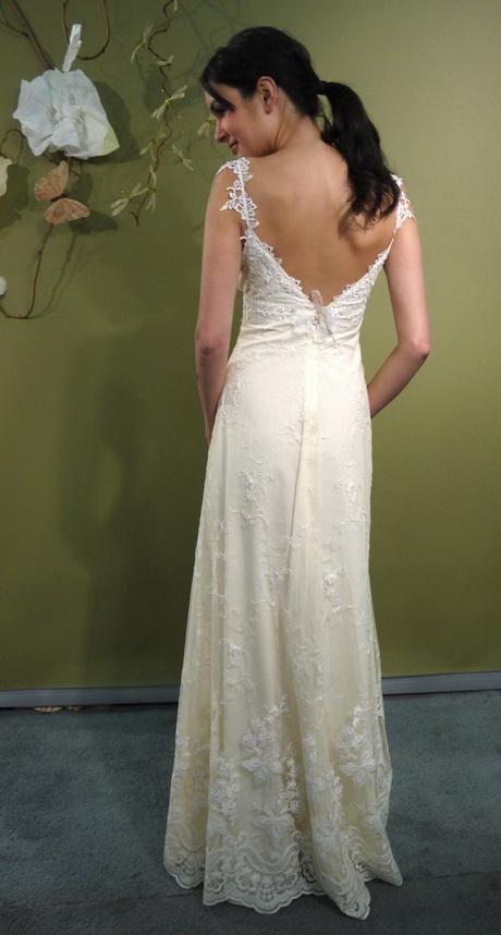 Bohemian lace wedding dress for Romantic bohemian wedding dresses