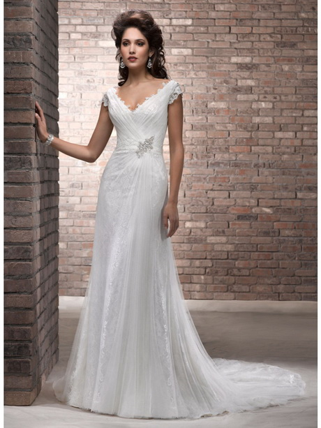 Informal Wedding Dresses For Older Brides: Bridal Dresses For Older Brides