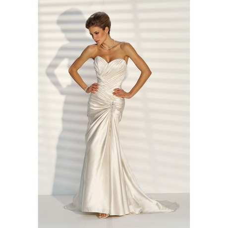 Bridal gowns for petite brides for Petite bride wedding dress