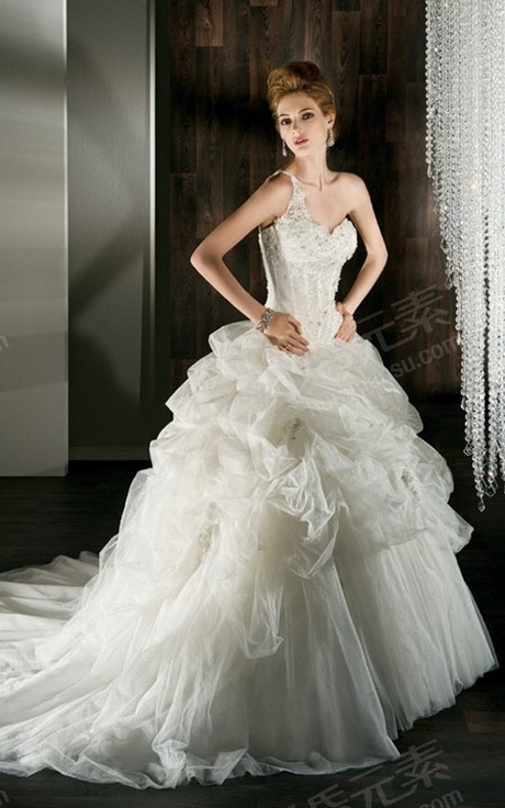 Bridal gowns for petite women for Best wedding dresses for petites