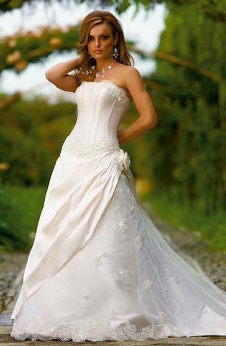 largest suppliers of bridal gowns at wholesale prices