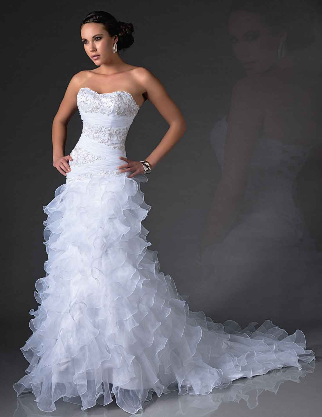 Bridal-Gowns-AA9257