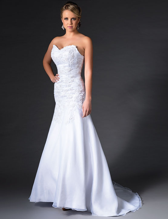 Bridal-Gowns-AA9259