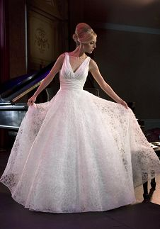 Ball Gown V-Neck Floor Length Attached Taffeta/ Tulle Embroidery Wedding Dress Style 3825