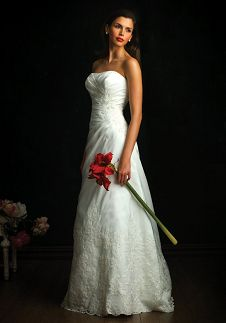 A-Line Sweetheart Floor Length Attached Rich Taffeta Lace Wedding Dress Style 8524