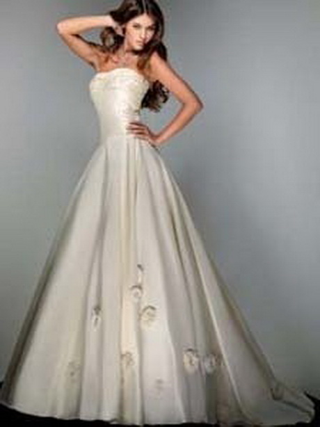 disney unveils disney princess wedding gowns article 168084 8 0