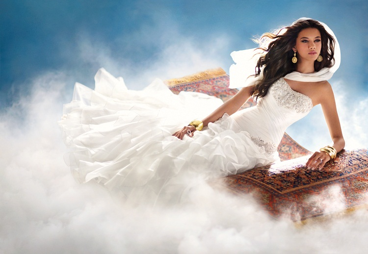 princess jasmine wedding dress jasmine on magic carpet strapless wedding dress beautiful wedding dress white wedding dress with tulle fringed wedding dress disney inspired wedding dress wedding party blog