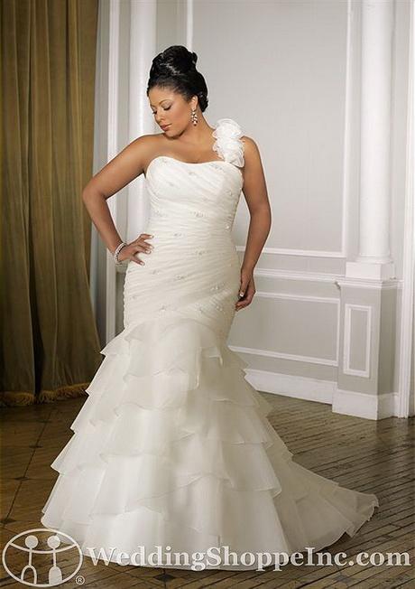 wedding dresses for full figured women is mori lee bridal gown 3091