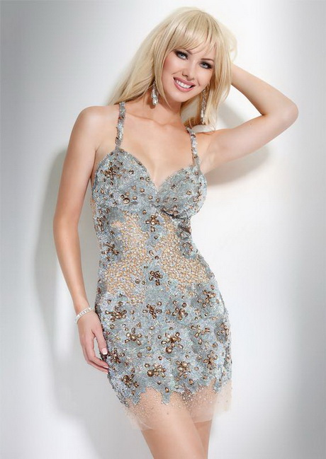 Shop seriously sexy dresses at AKIRA. Everything from classy cocktail dresses to revealing club dresses & more. Free Shipping Orders $50+.