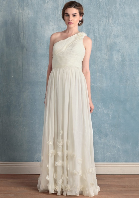 Ruche long One Shouldered Long Ivory Dress