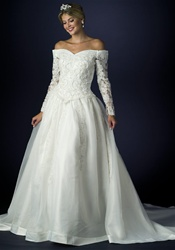 Wedding Dress (B8016) Ivory