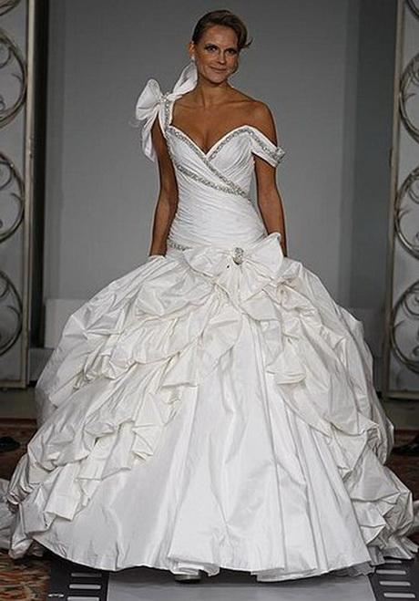 Kleinfelds Wedding Dresses