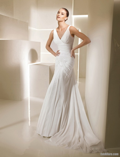 Mature bride wedding dresses for Sophisticated wedding dresses older brides