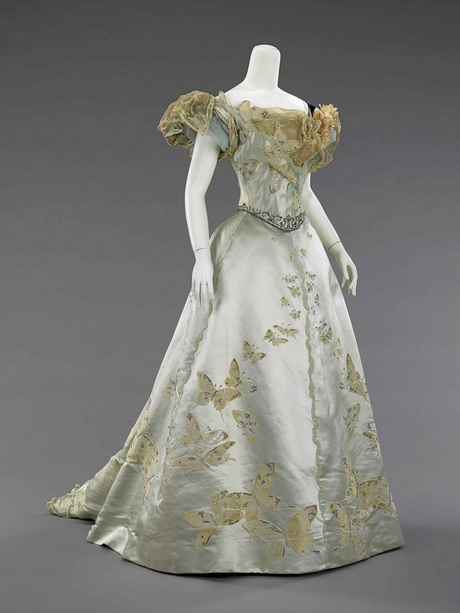 Old Fashioned Ball Gowns