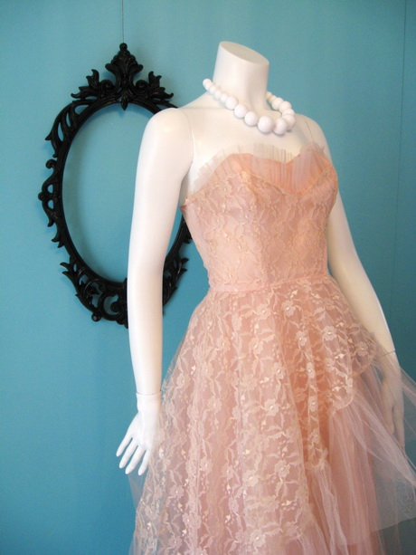 Old Fashioned Prom Dresses
