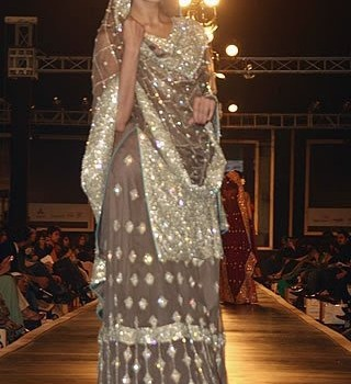 Pakistani Bridal Dresses 2013 Collection (8)