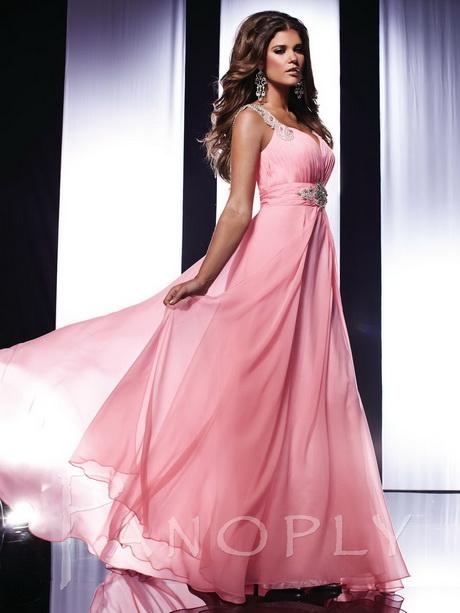 Вечернее платье в стиле розового