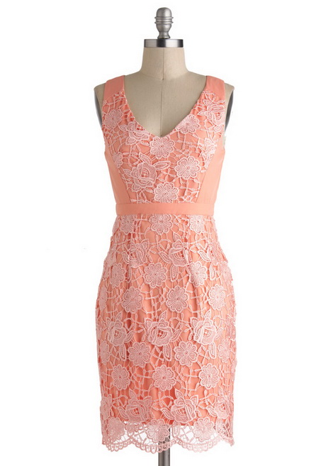 Peach dresses can be a light pale color or a darker shade of bright peach. A peach lace dress is a girly look that pairs well with beige pumps or wedges. Peach would even make a nice option for bridesmaids dresses! Choose a peach maxi or chiffon dress for your big day! For more casual summer days, choose a peach sundress.