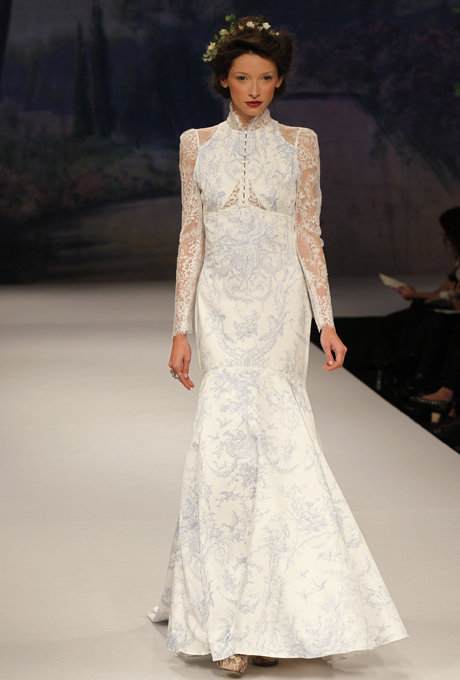 Long sleeved, french toille bridal gown - CLAIRE PETTIBONE Toile Francais