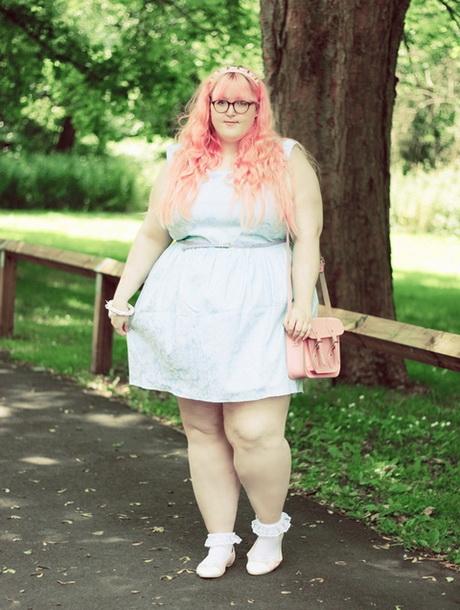 толстушки в платьях фото