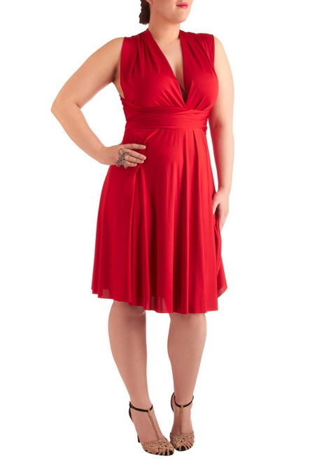 Plus Size Designer Dresses Give your wardrobe a serious upgrade with Belk's selection of plus size designer dresses. From everyday pieces to more formal options, you will love the selection of figure flattering designer dresses.