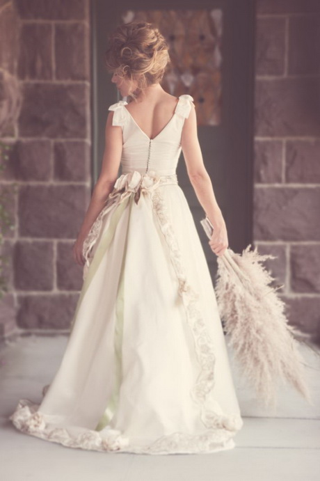 Retro vintage wedding dresses for Vintage 20s wedding dresses