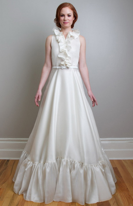Retro wedding dress for What to wear to a wedding besides a dress