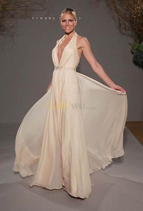 Simple beach wedding dresses casual for Wedding dresses casual beach