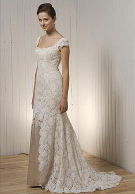 Simple vintage lace wedding dresses for Fit n flare lace wedding dress