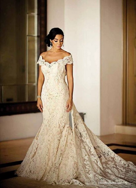 Spanish lace wedding dress for Spanish wedding dresses lace