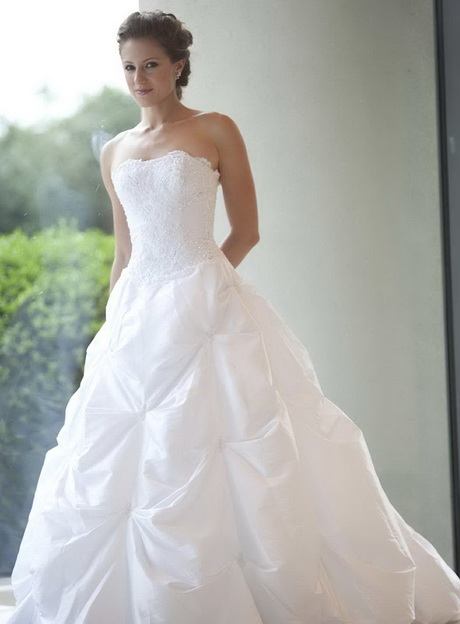 Casual wedding dresses in atlanta ga for Wedding dress boutiques atlanta