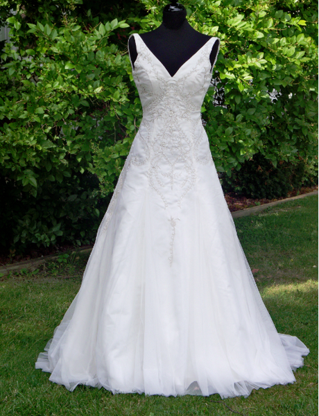 Lace Wedding Dresses Under 500 Dollars : Wedding dresses under australia bells