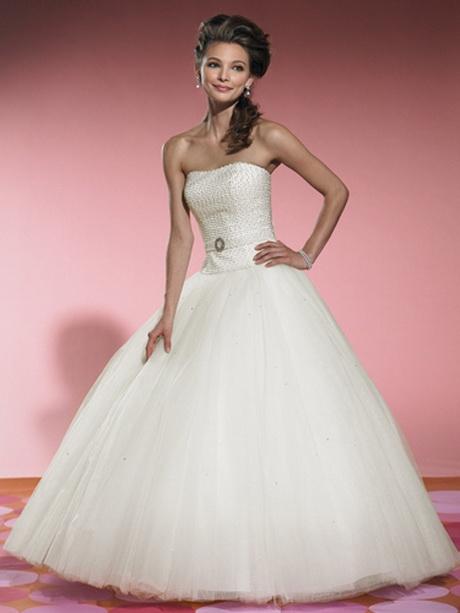 Top 15 Stunning Kitchen Design Ideas Plus Their Costs: White Debutante Ball Gowns