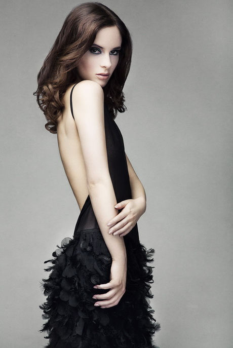erlinelomantkgs831.ga offers black ostrich feather dress products. About 42% of these are feather, 10% are lace, and 4% are plus size dress & skirts. A wide variety of black ostrich feather dress options are available to you, such as spandex / polyester, polyester / cotton, and % polyester.