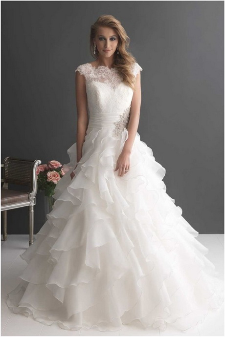 Romantic Bridal Gowns : Romantic wedding dress