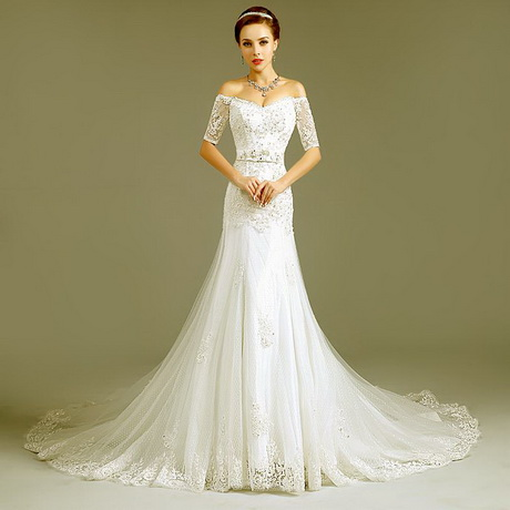 Wedding dress designers 2015 for Romantic wedding dress designers