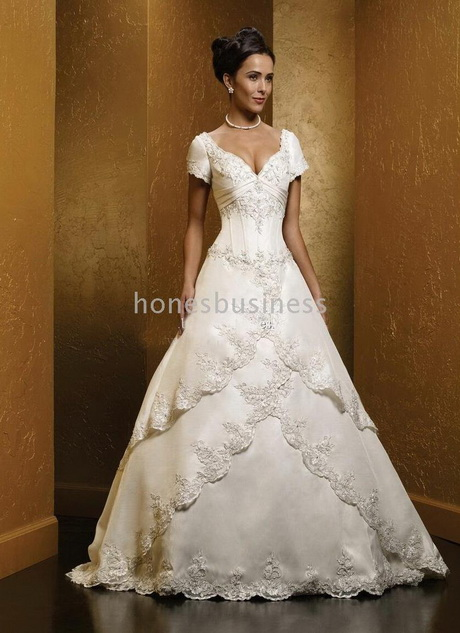 Wedding dresses with short sleeves for Short sleeved wedding dress