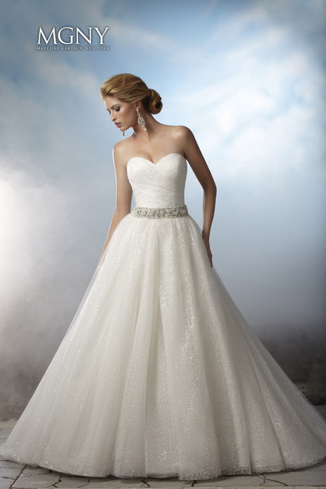 Wedding Dress For Short Brides : Best wedding dresses for short brides