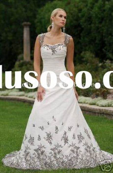 Black and white lace wedding dresses for Black and white wedding dresses with sleeves