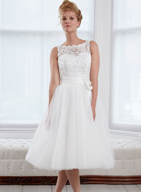 Short wedding dresses designer cheap wedding dresses for Designer brand wedding dresses