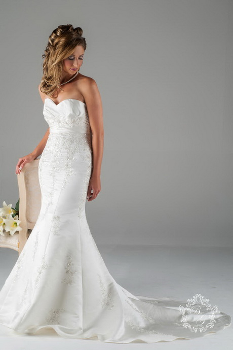 Fishtail Lace Wedding Dress