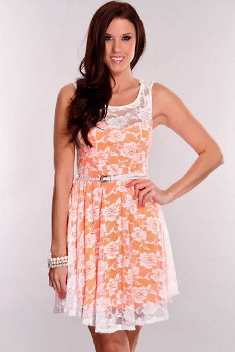 Buy the latest women's Orange dresses online at low price. StyleWe offers cheap dresses in red, black, white and more for different occasions.