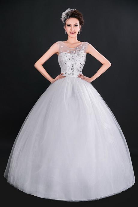 Wedding gowns for short brides for Wedding dresses for short curvy brides