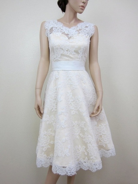 Knee length lace wedding dresses for Knee length lace wedding dress